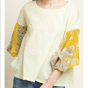 NWT Umgee Boutique Cream Sheer Paisley Knit Top